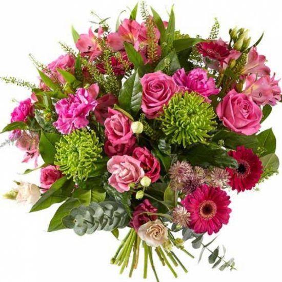 Смешанный букет с розовыми розами